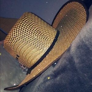 Accessories - Cowboy hat/Sombrero